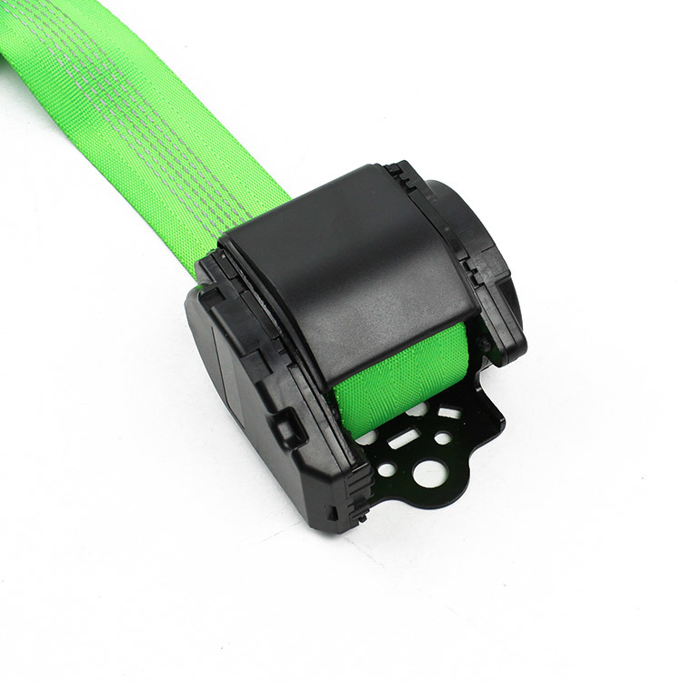 Feb013-Automatic-3-Point-Seat-Belt-with-Reflective-Webbing